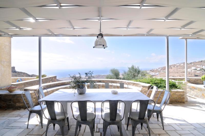 Seaview villa Myrto in TInos, vacation rental in Tinos