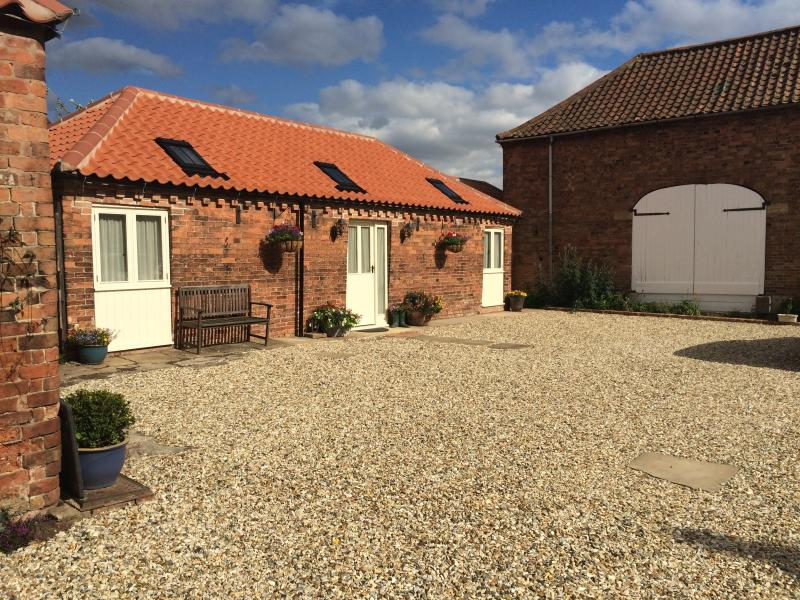 Converted stable block - late 18th Century, holiday rental in Markham Moor
