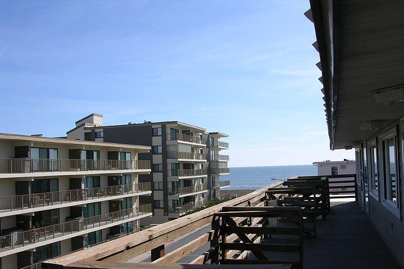 Autoroute, bâtiment, couloir, balcon, grande hauteur