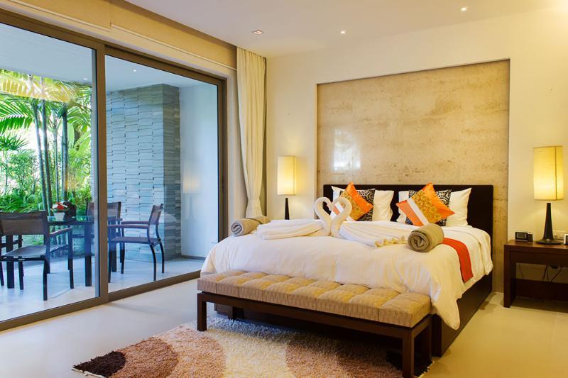 Ground Floor Beachfront Apartment, vakantiewoning in Nai Thon