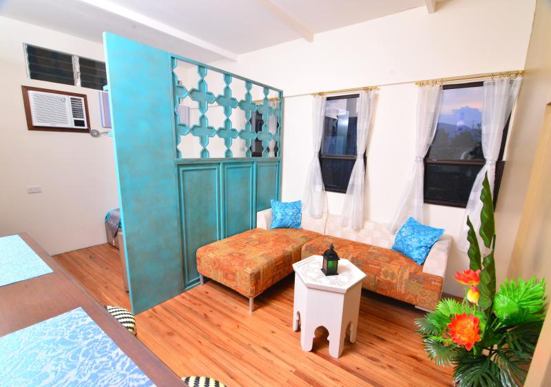 BEAUTIFUL Studio Home Near Fuente Osmena, vacation rental in Cebu City