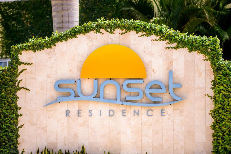 Sunset Residence - Eagle Beach.