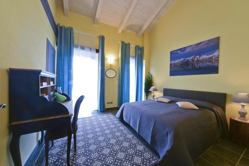 Casa Nalin appartamento 'Meliga', vacation rental in Verduno