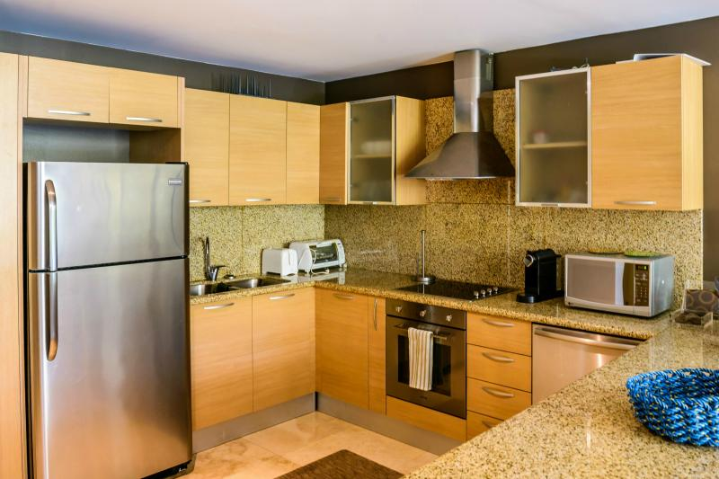 The beautiful fully equipped Italian kitchen.