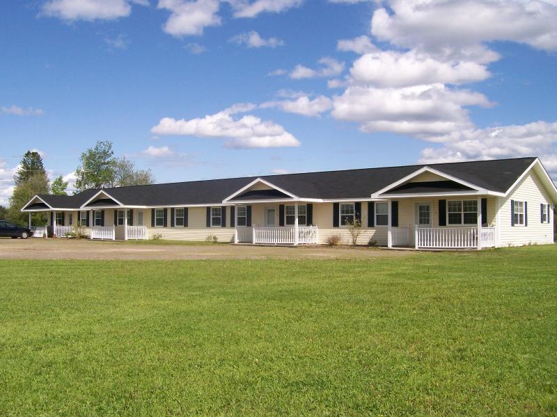 Tobique Suites 3094 Route 109, Linton Corner, NB, holiday rental in Plaster Rock