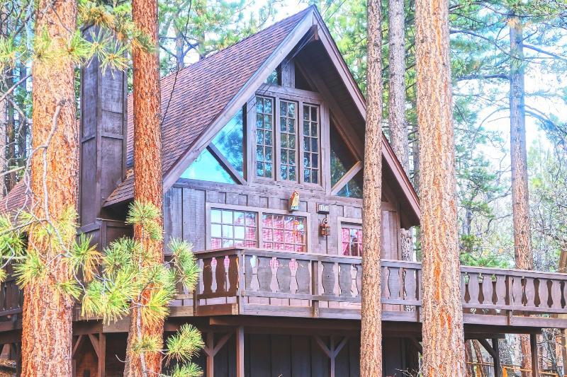 Super Cozy A-FRAME 'Chalet Edelweiss' + Netflix!, location de vacances à Big Bear Region