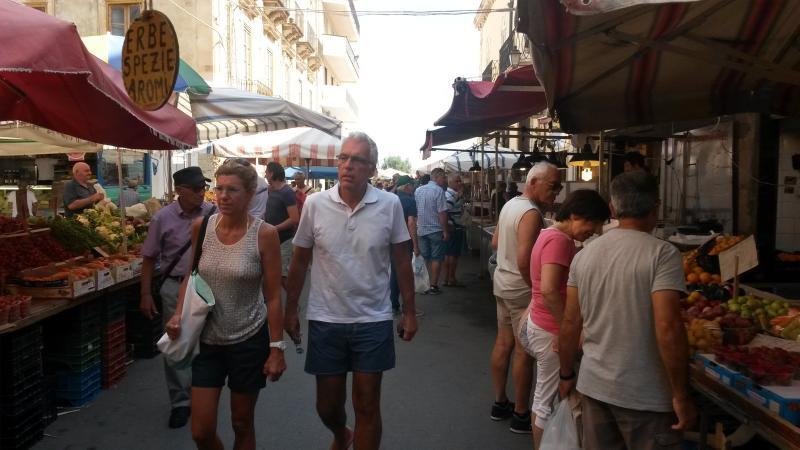 Caratteristico mercato di Ortigia