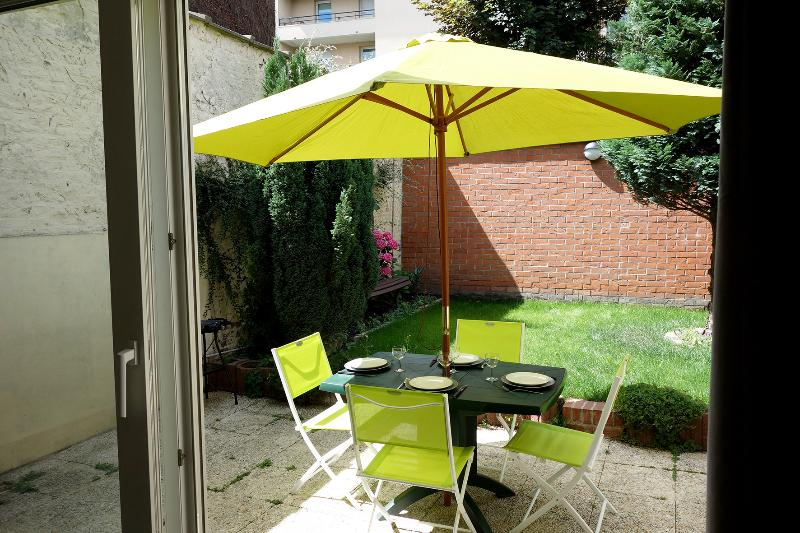 Location appartement Lille avec jardin 4 personnes, vacation rental in Nord