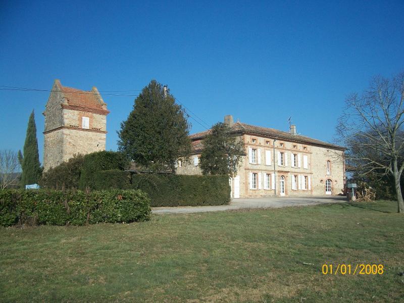Maison de caractère proche de Toulouse, location de vacances à Rabastens