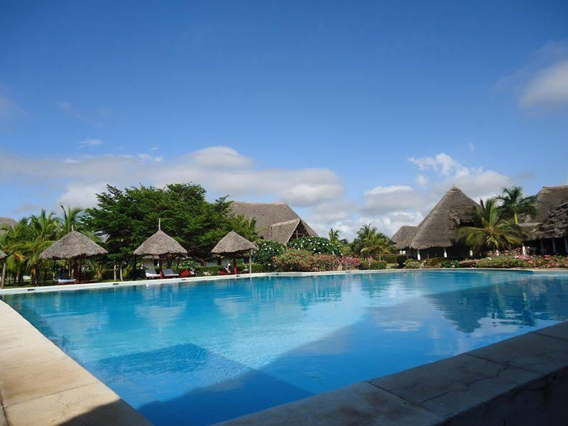 The second swimming pool. We also have a bar to satisfy your thirst