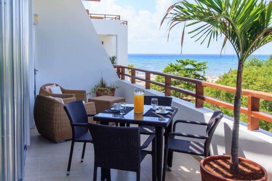 Rentals in Playa del Carmen - Ocean View balcony - Casa del Mar PH Cielo