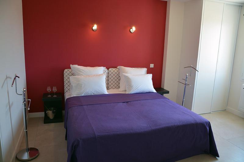 Chambre double lit 180 cm