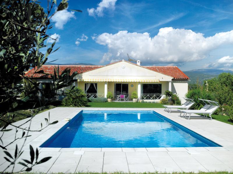 Villa Aixela, Ferienwohnung in Fayence