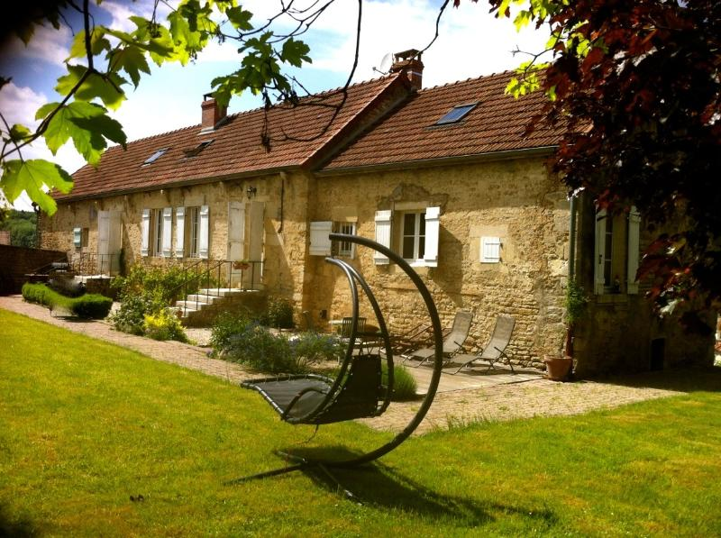 LA SOURCE DES LITS, vacation rental in Montbard