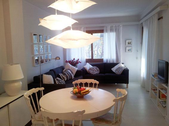 Apto 4-5 personas con Piscina y zona comunitaria, vacation rental in Ullastret