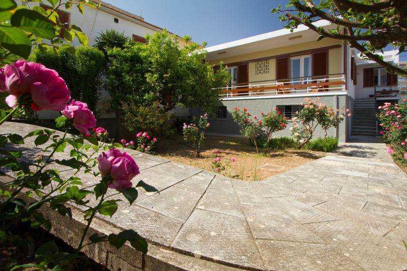 Marina's House, vacation rental in Kampos