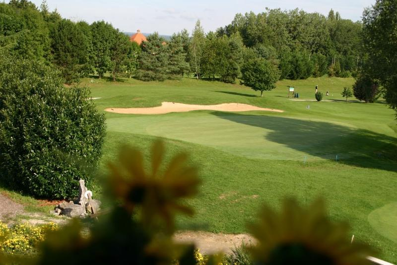 Beaune & Chalon Golf Courses nearby