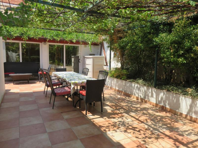 Amazing outdoor terrace with views and large table that seats 8 comfortably.