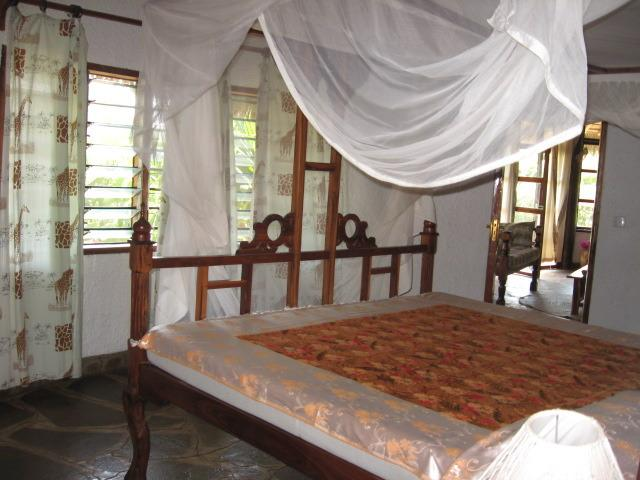 1 bedroom with bathroom.