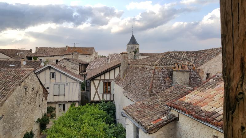 La Parenthèse - côté village, holiday rental in Plaisance