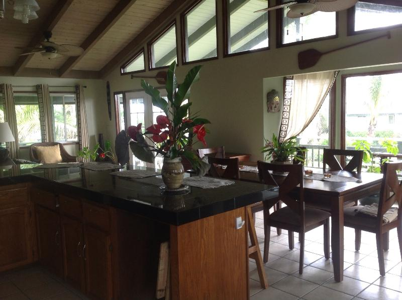 Koloha Hale 'The Whale House' ~ Ocean View, vacation rental in Kapoho