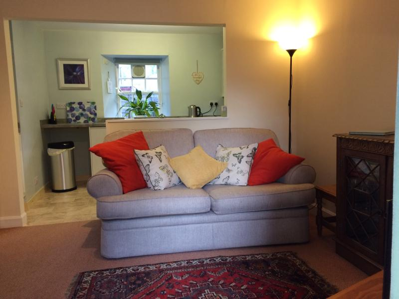 Bakehouse Cottage St Ninians Gardens Dunkeld, vacation rental in Dalguise