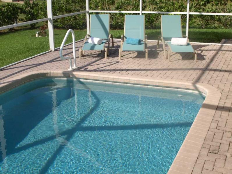 Villa Yellow Hibiscus Pool