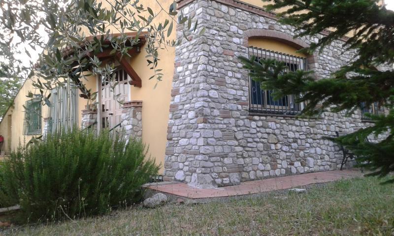 Cottage con giardino, holiday rental in Fratta Todina