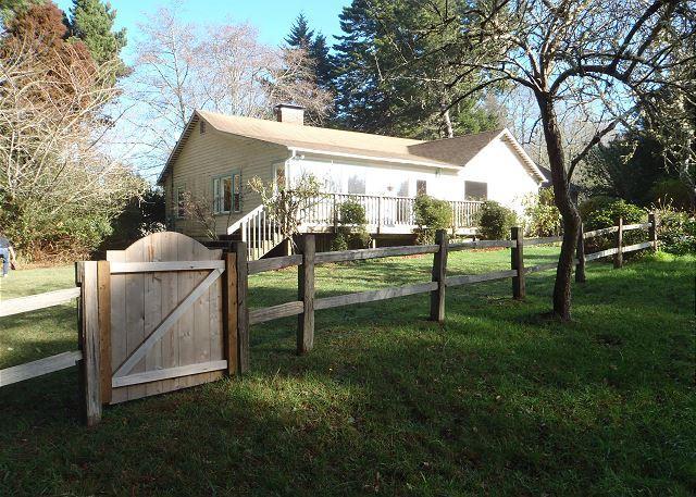 Wonderful Seawoods Farmhouse