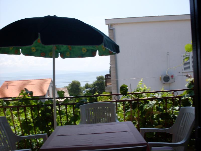 Apartment Marija, holiday rental in Okrug Gornji