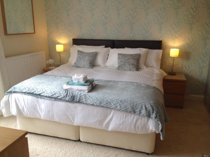 Luxury 1 Bed Apartment | North Berwick | East Bay Apartment, vacation rental in North Berwick