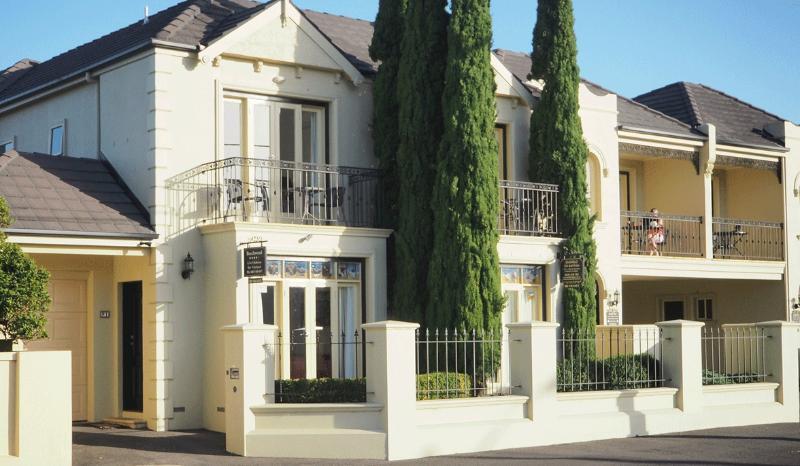 Beechwood Apartment, holiday rental in Warrnambool