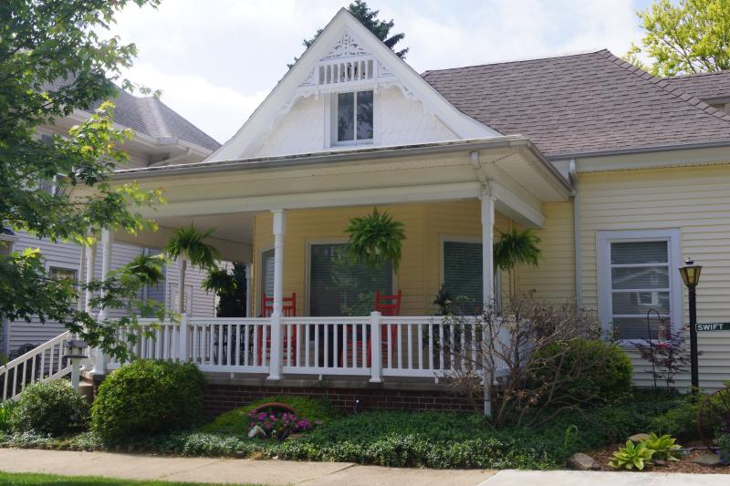 Swift Sanctuary, holiday rental in Grayville