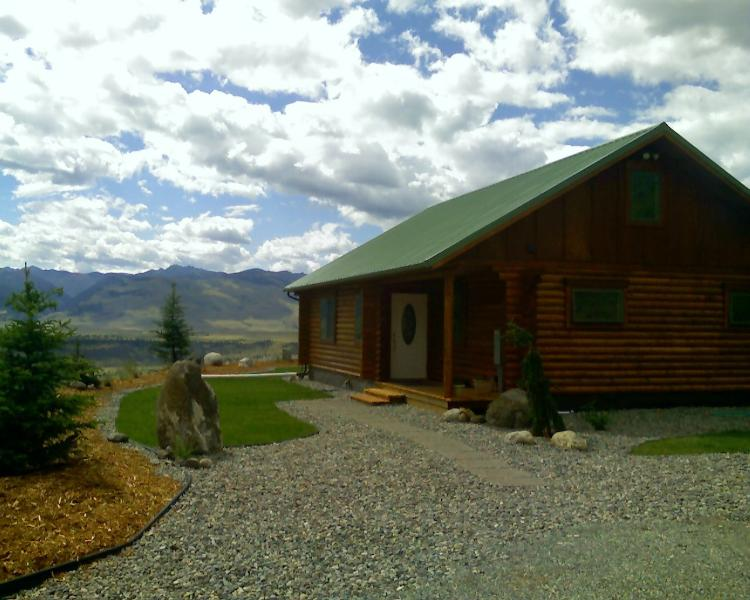 Sage Cabin Entry and parking