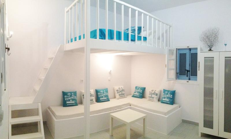 Brand new, private beach cottage~Steps from beautiful Krios Beach!