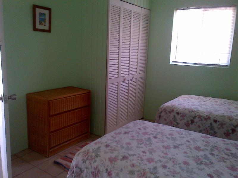 Another view of the twin bed room