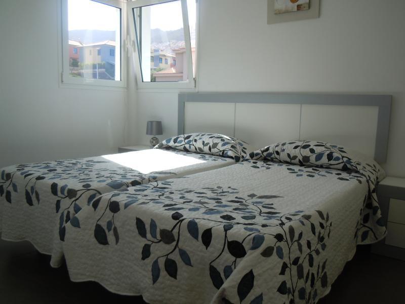 Upper twin bedroom.