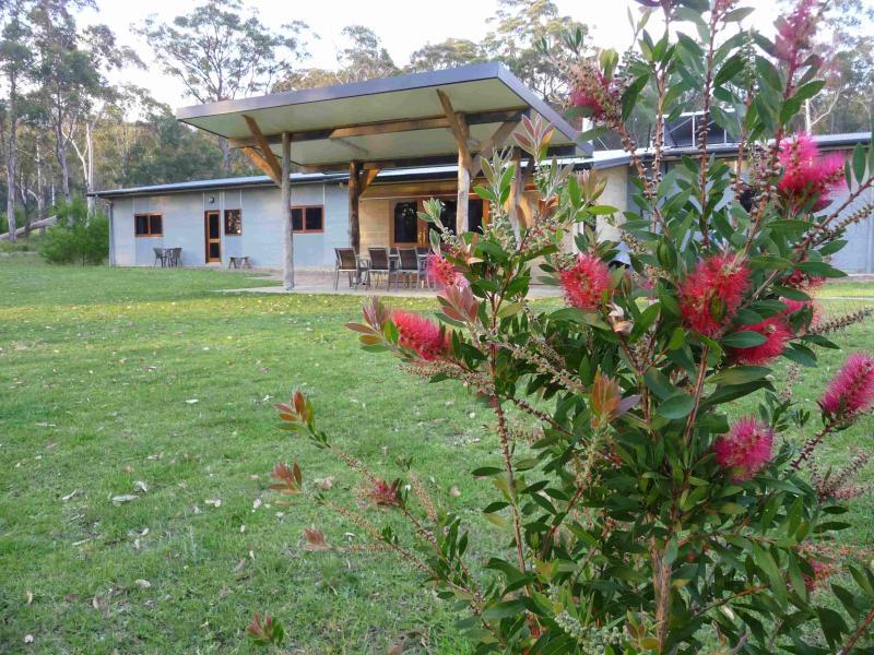 Charming Eco-friendly Mão Crafted House on Rurais 12 acres