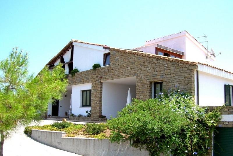 SCIVU PORTA DELLE STELLE, vacation rental in Province of Medio Campidano