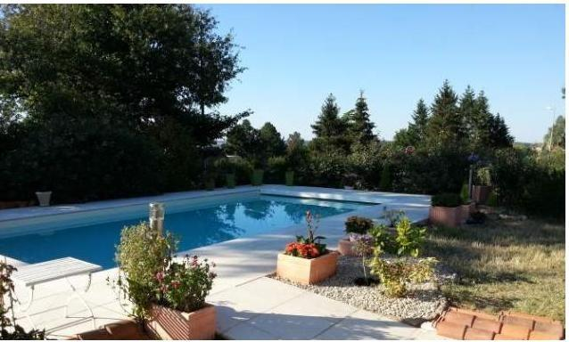Location studio, vacation rental in Yzeures-sur-Creuse