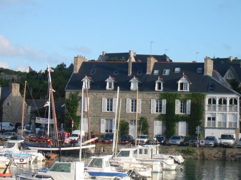 Ty-Braz Sur le quai de Dahouët, location de vacances à Morieux