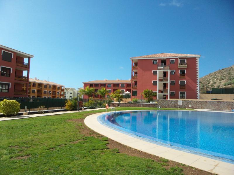 Appartement av climatisation, Tv sat, wifi, garage, location de vacances à Palm-Mar