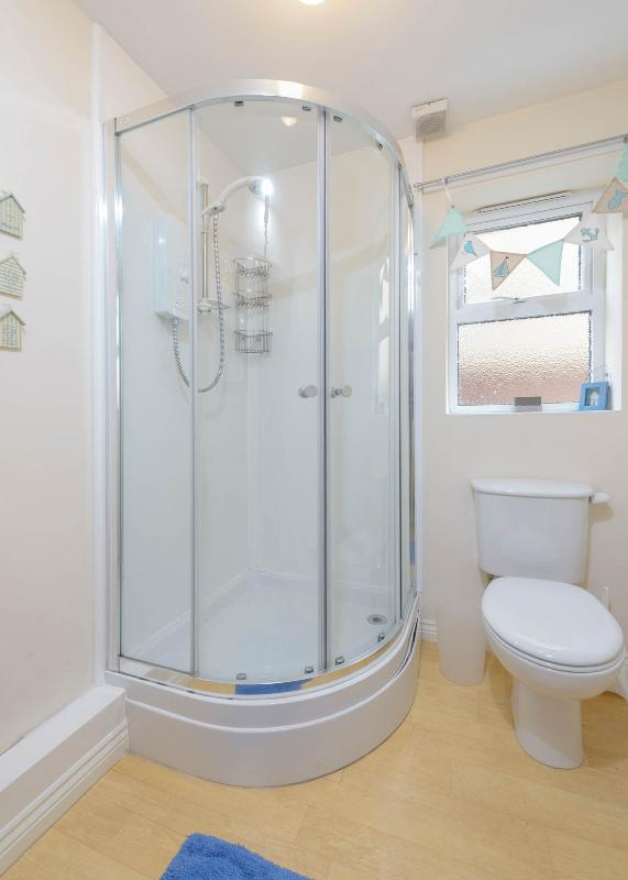 Ground floor shower room/ WC perfect when coming back from the beach