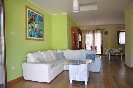Green House: living room living room