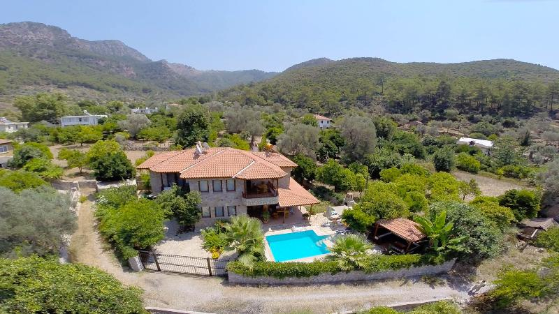 Luxury Villa Lale - Sleeps 6, vacation rental in Marmaris District