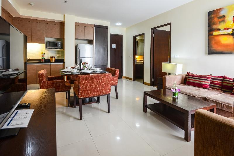 Spacious City 2-BR Sukhumvit 2 Nana, vacation rental in Bangkok