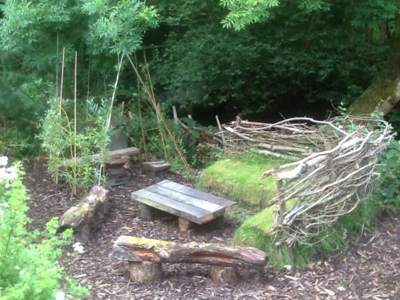 Children's Den with small charcoal    BBQ / Firepit , Turf Sofa, Ages 2yrs - -- 90 yrs