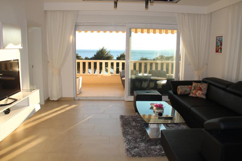 Luxurious Apartment Makarska, location de vacances à Promajna