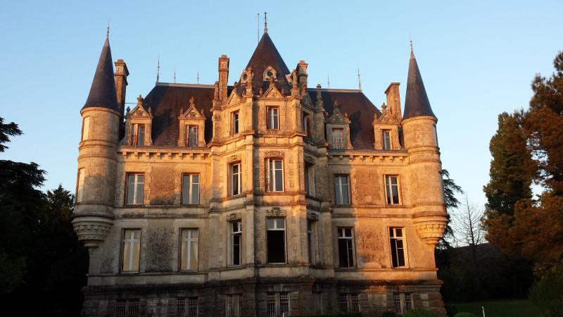Les Cèdres, vacation rental in La Chataigneraie