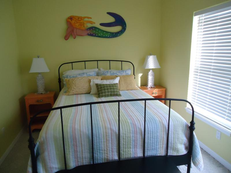 Mermaid room with Queen Bed